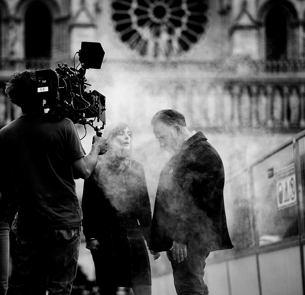 Actors on Set with ZEISS 85mm prime lens