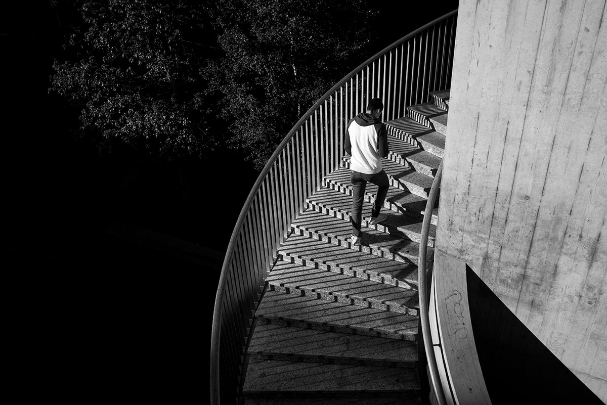 Walking up steps with the Leica Q2 sample image