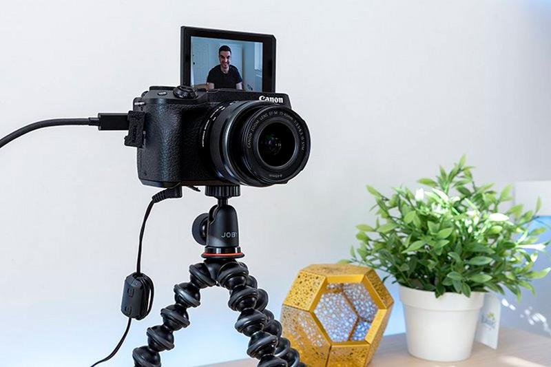 Canon EOS M6 set as webcam