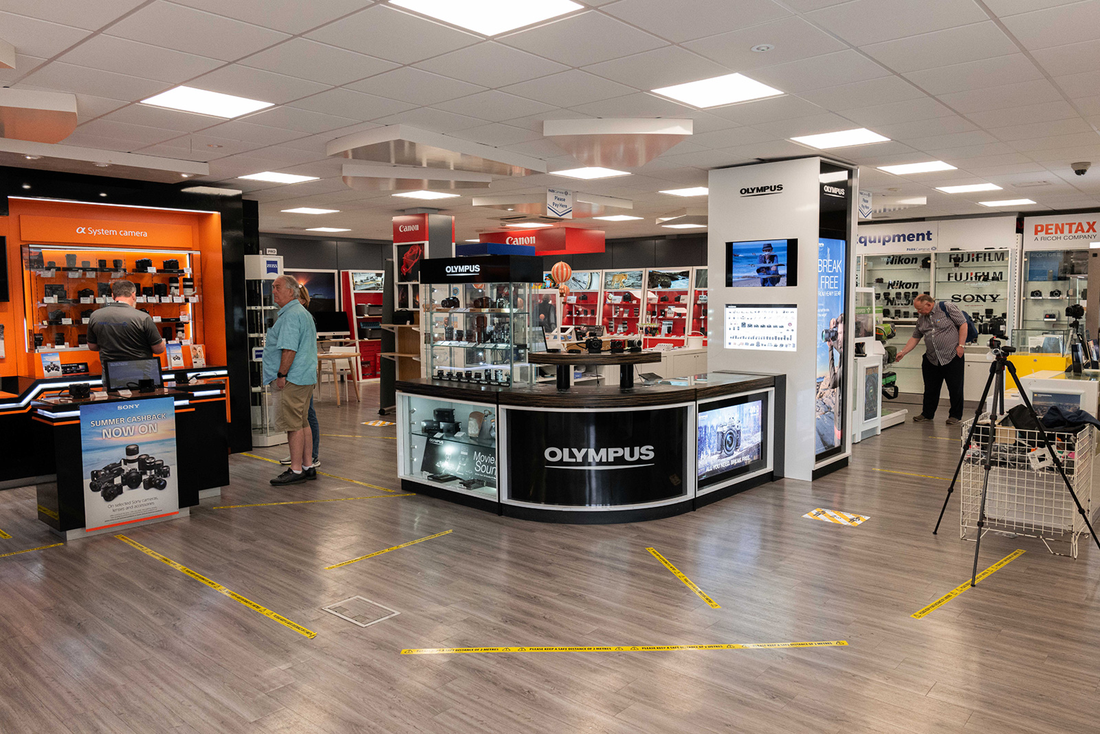Shop floor with Covid protection