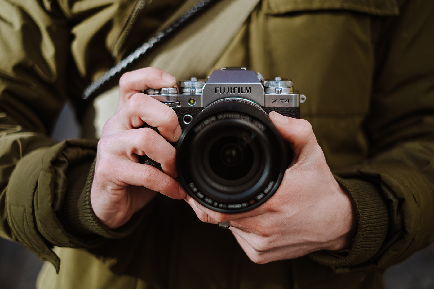 New Flagship Fujifilm X-T4 Mirrorless Camera Details