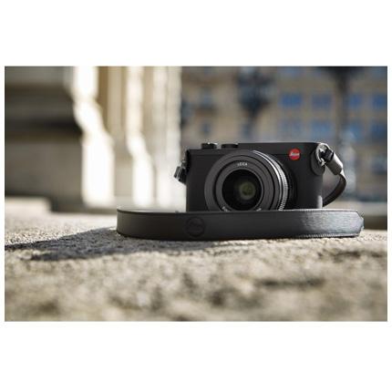 Leica Q2 Compact Digital Camera Video 02
