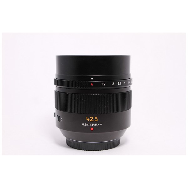 Used Panasonic 42.5mm F/1.2 - Unboxed