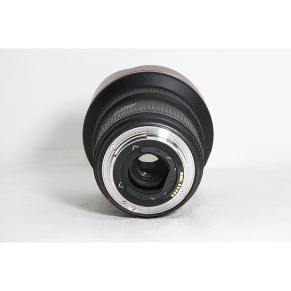 Used Canon 11-24mm F/4L USM Boxed
