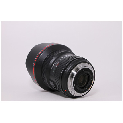 Used Canon 11-24mm F/4L USM - Boxed