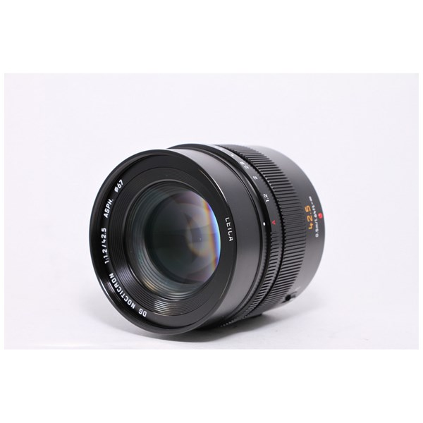 Used Panasonic 42.5mm F/1.2 - Boxed