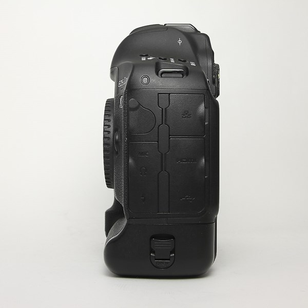 Used Canon EOS1 DX II
