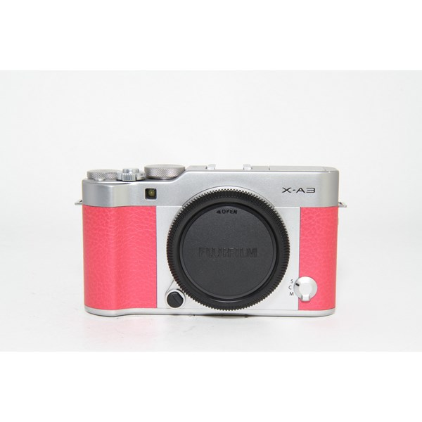 Used Fuji X-A3 Body Pink - Boxed