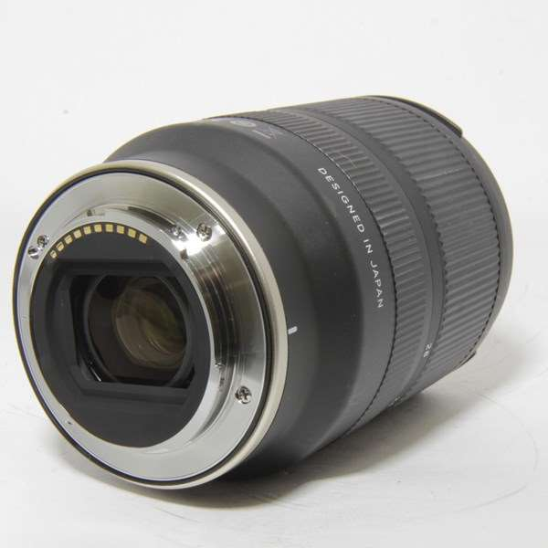 Used Tamron 17-28mm f/2.8 Di III RXD Lens Sony FE
